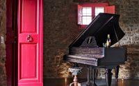 027-historic-farmhouse-special-umbria-W1390