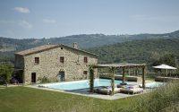 036-historic-farmhouse-special-umbria-W1390