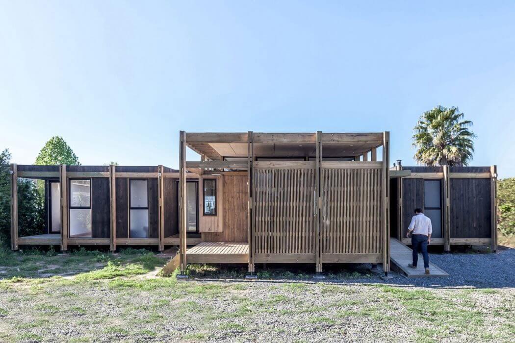 House in Rapel Lake by PAR Arquitectos