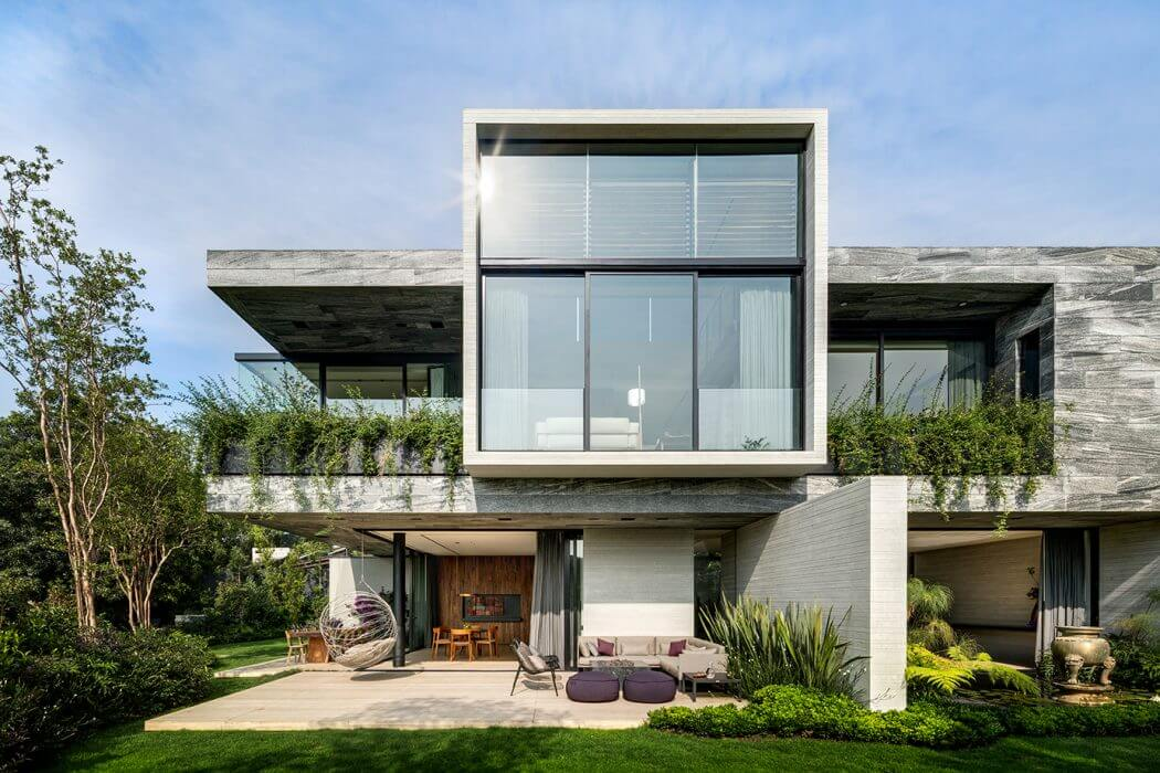 O Cuatro Residence by Migdal Arquitectos