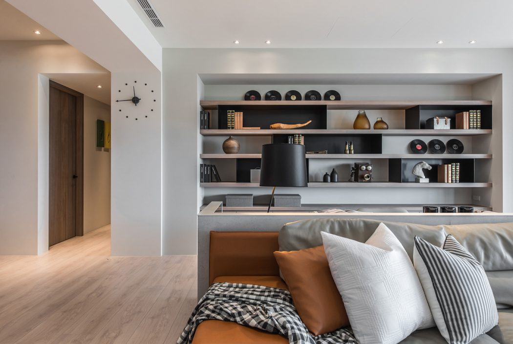 Apartment In Taiwan By CAC Design Group