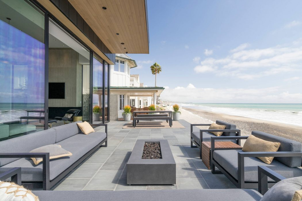 beach house HomeAdore