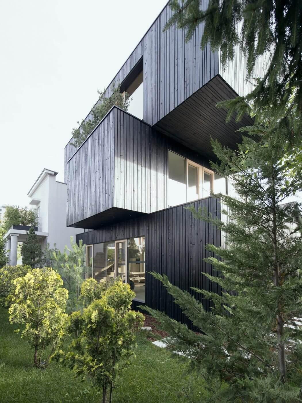 3shoebox house by ofis arhitekti homeadore for Ofis arhitekti