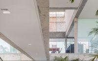 013-ks-house-by-arquitetos-associados