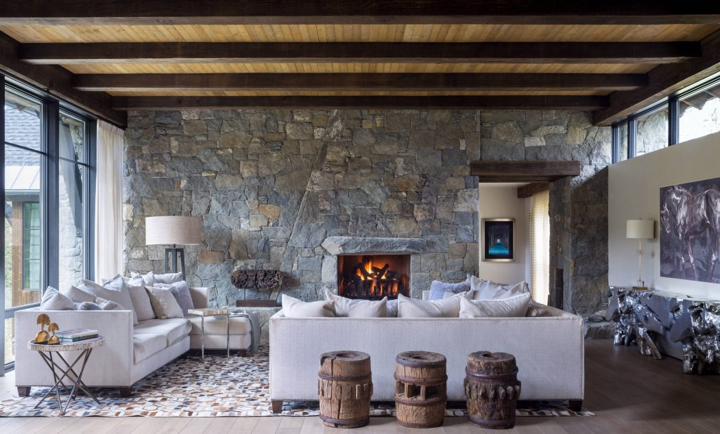 Mountain chalet by andrea schumacher interiors homeadore for Interieur chalet design