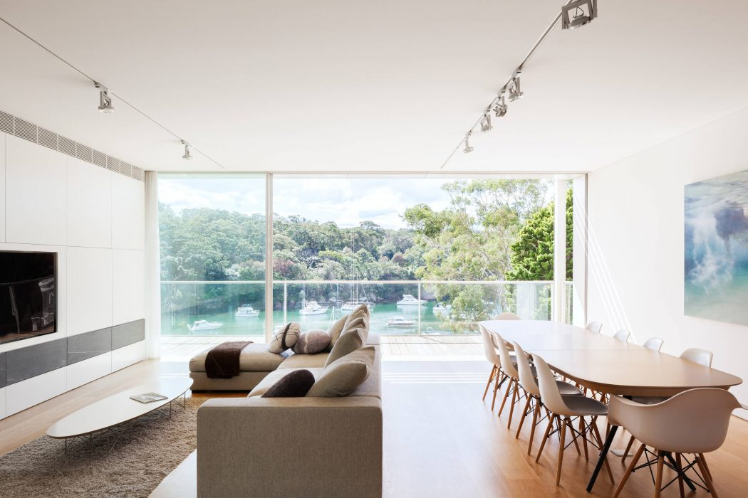 Cammeray House by MHN Design Union