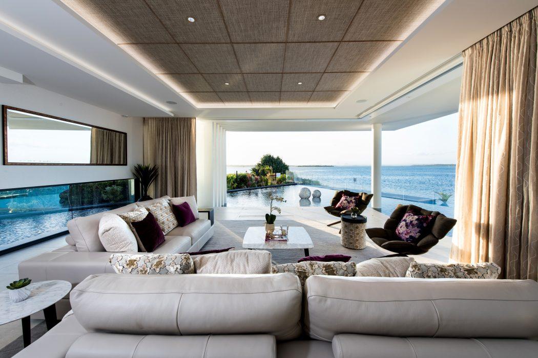 Lagoon House by Robin Payne