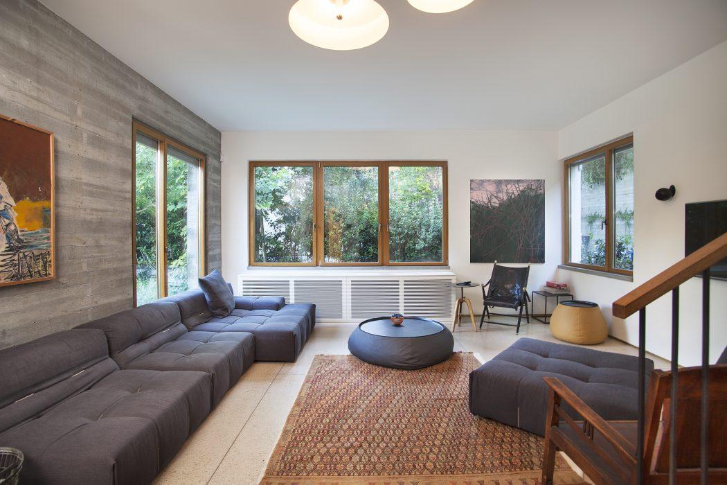 Veranda House by Danna Segal Lerner