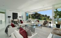 002-doheny-modern-meridith-baer-home