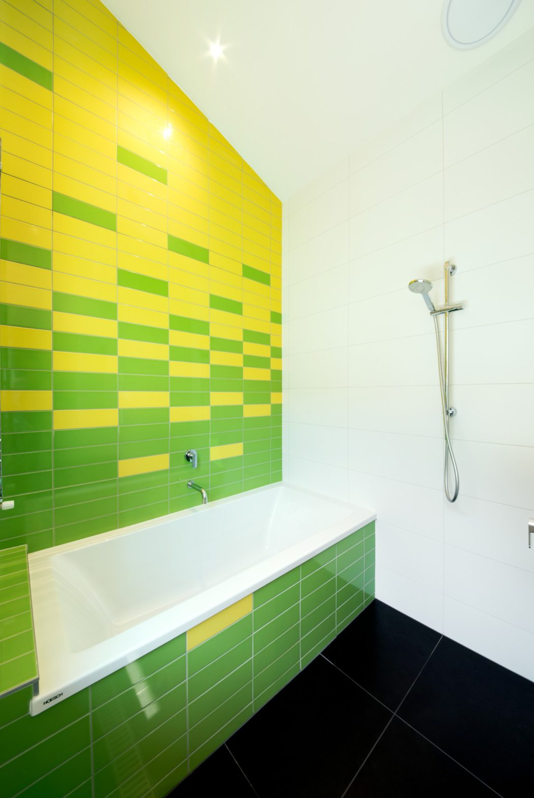 Northcote solar home by green sheep collective homeadore pin save email dailygadgetfo Choice Image