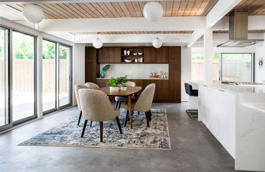 Midcentury Home by Garrison Hullinger Interior Design | HomeAdore
