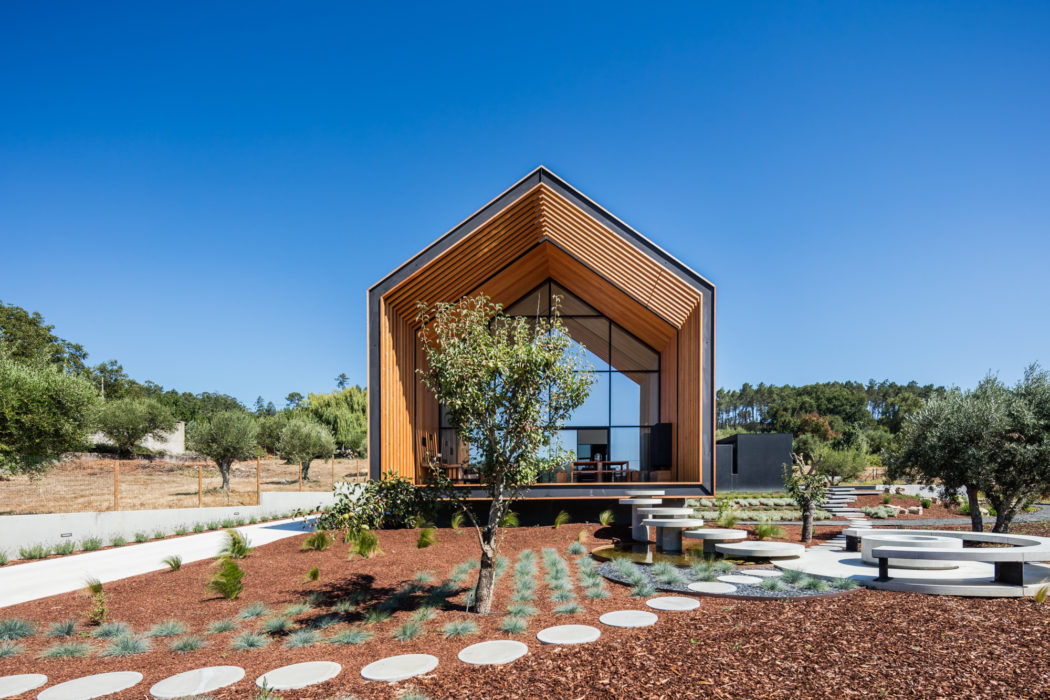 House in Ourém by Filipe Saraiva – Arquitectos