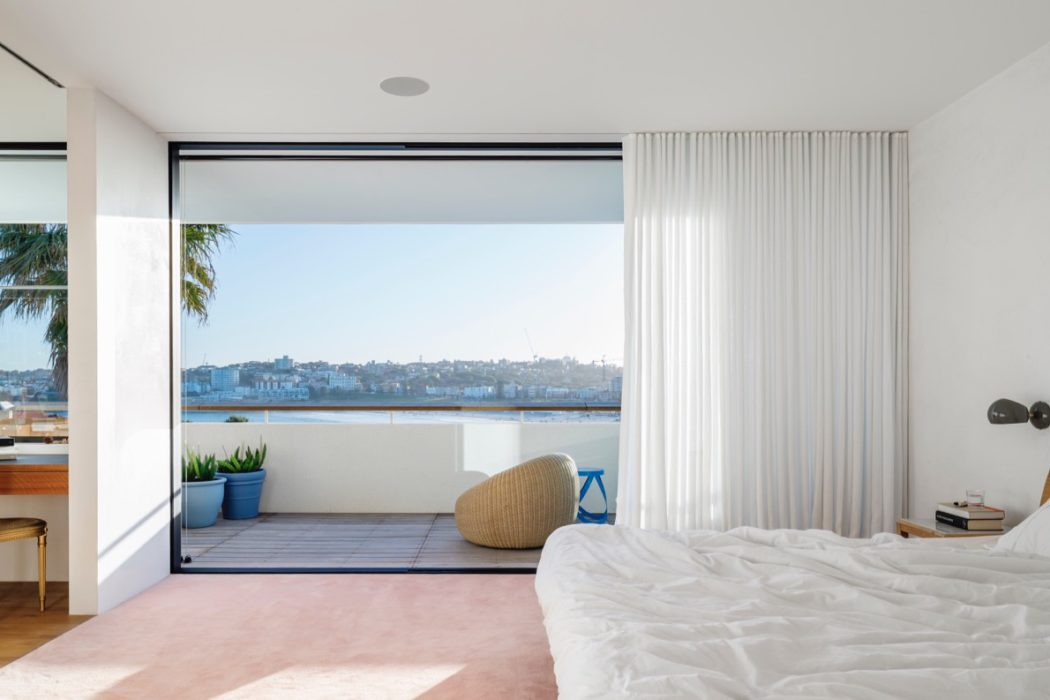 North Bondi II Residence by Tobias Partners