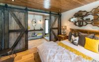 012-cottage-style-barn-rebarn