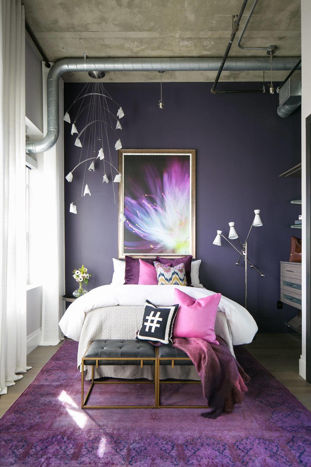 Denver loft style living by robeson design homeadore - Dormitorios matrimoniales modernos ...