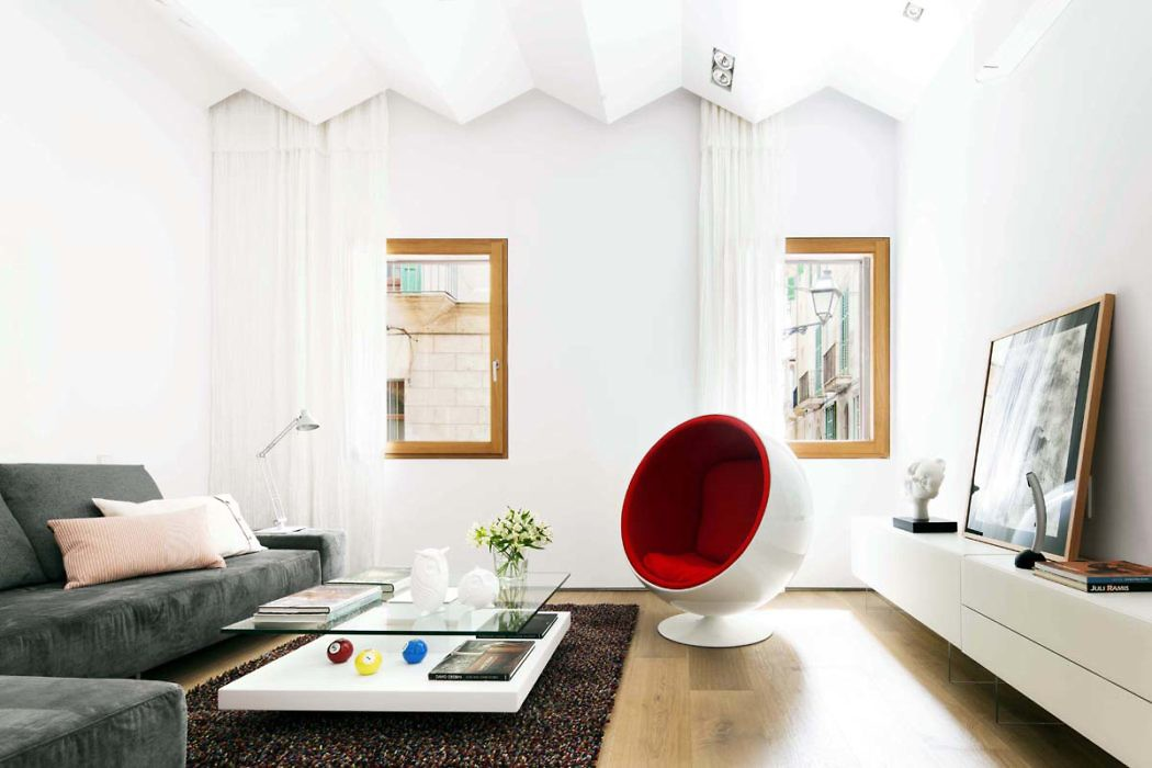 Apartment in Palma by OLARQ Osvaldo Luppi Architects