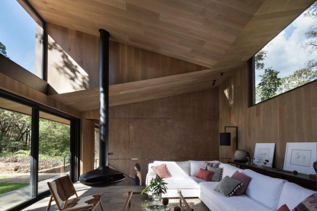 L House by Dellekamp Arquitectos