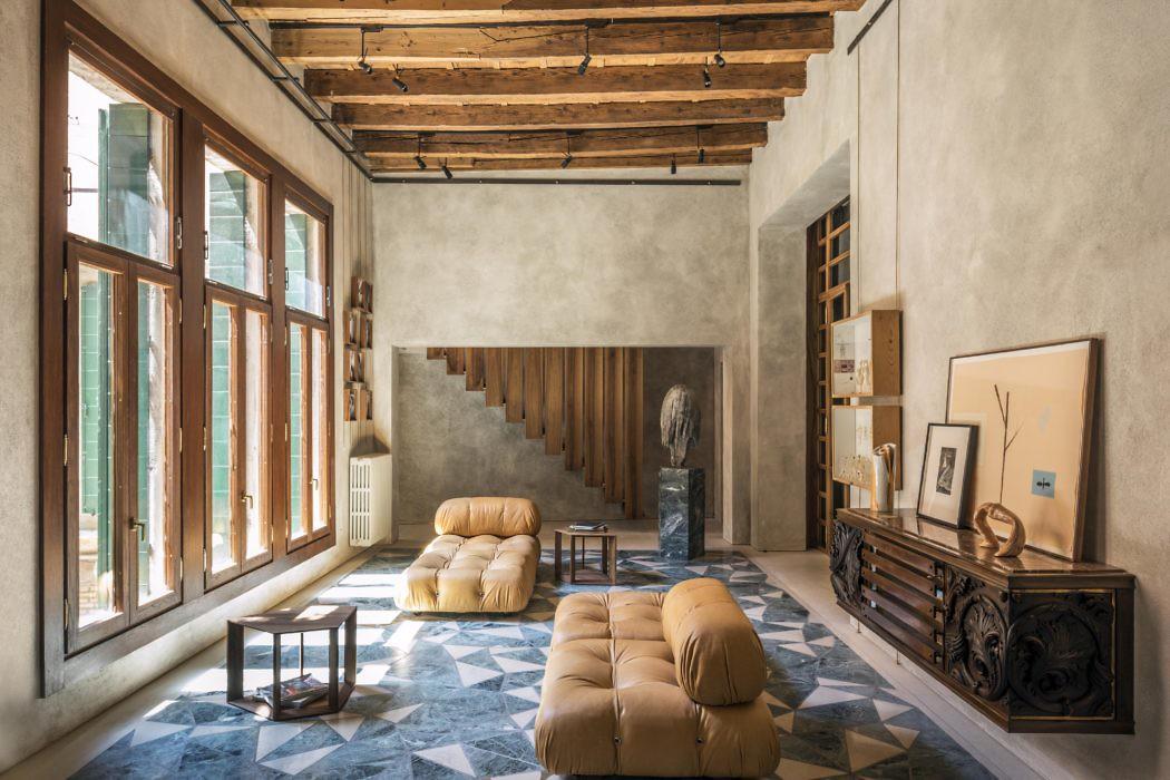 Home in Venice by Massimo Adario Architetto