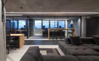 008-monochrome-office-space-tal-goldsmith-fish-design-studio