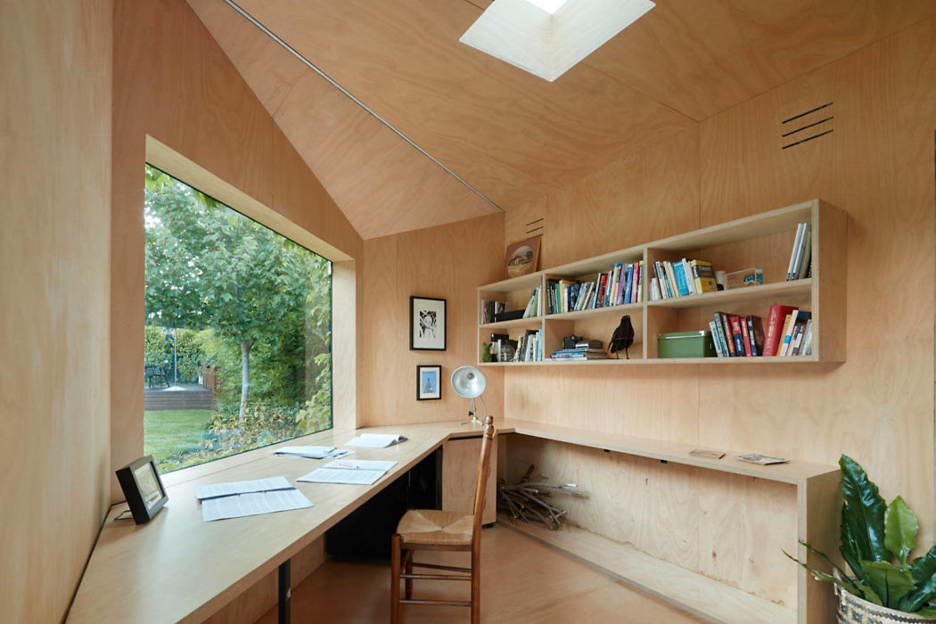 Writer's Shed by Matt Gibson Architecture + Design