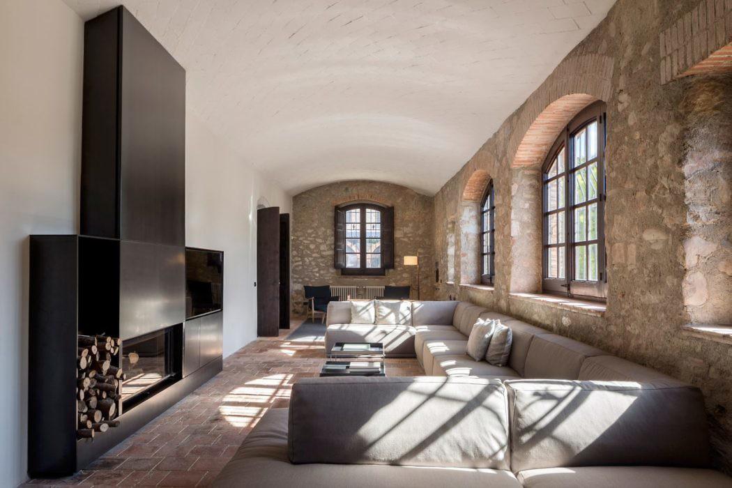 Sant Martí House by Francesc Rifé Studio
