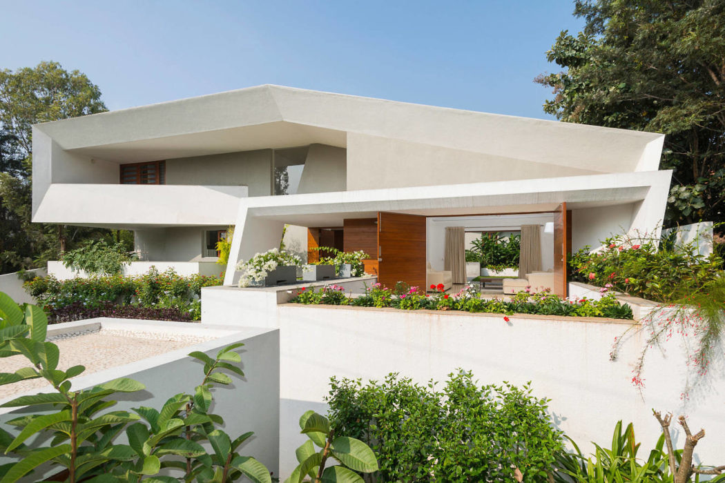 Courtyard House by Architecture Paradigm