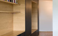 005-black-line-apartment-arhitektura
