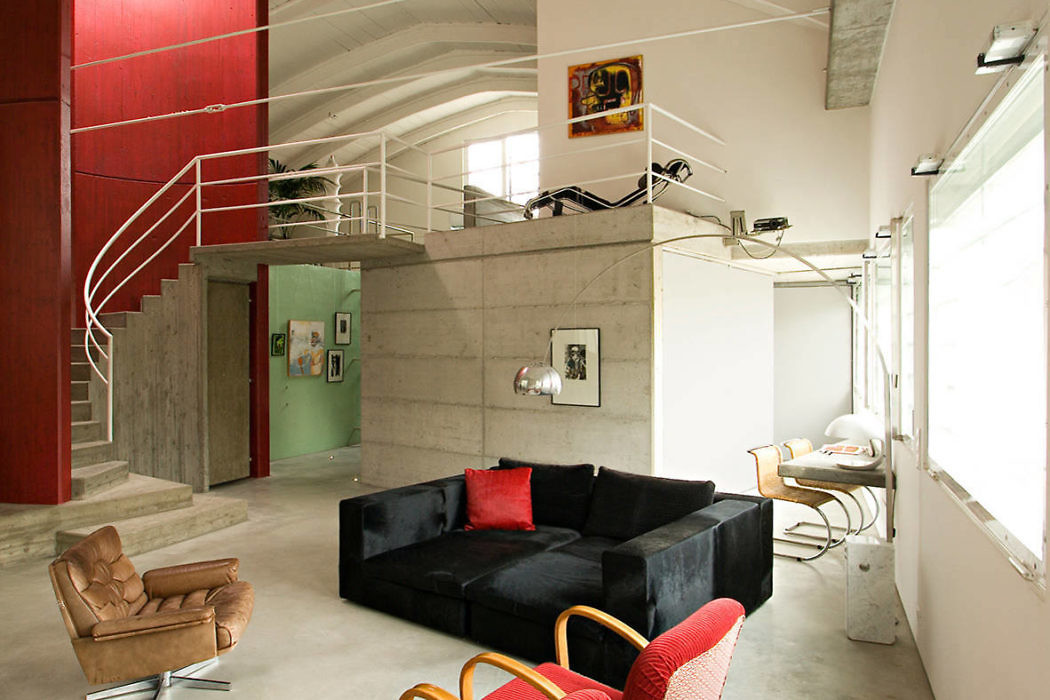 Industrial Home in Correggio