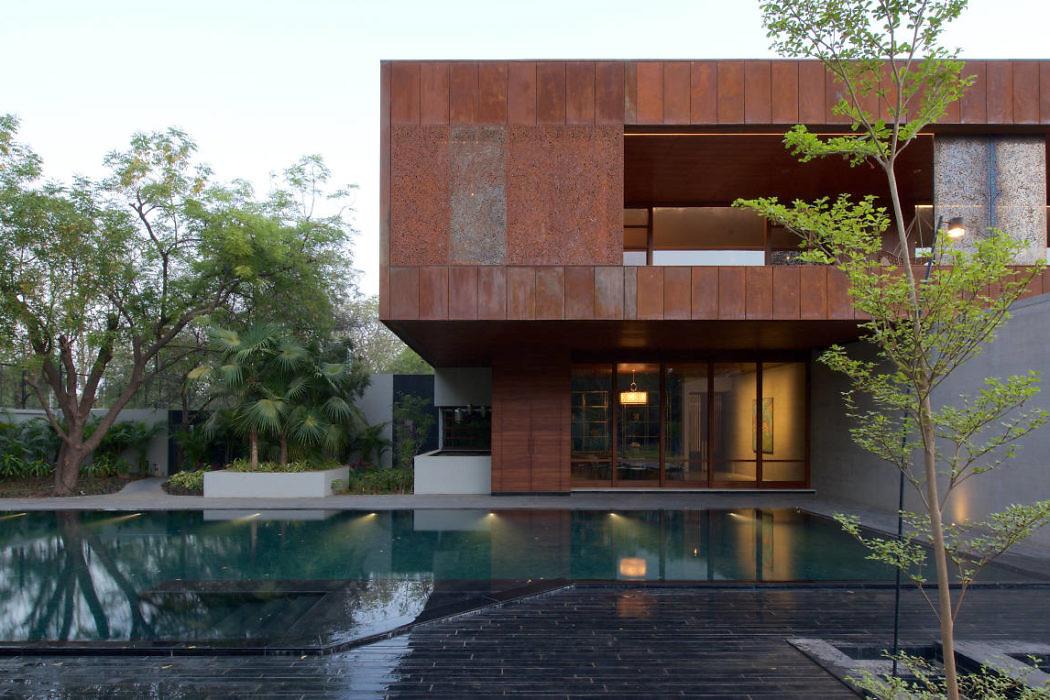DIYA House by Spasm Design Architects