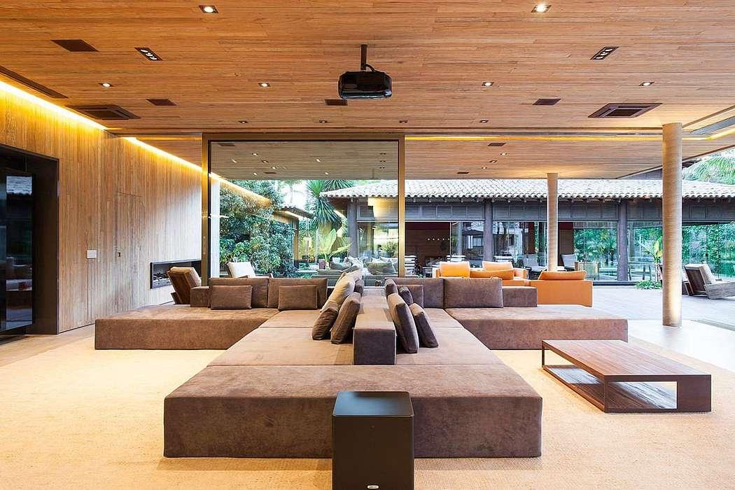 Villa Ricardo Paradise by Pascal de Souza