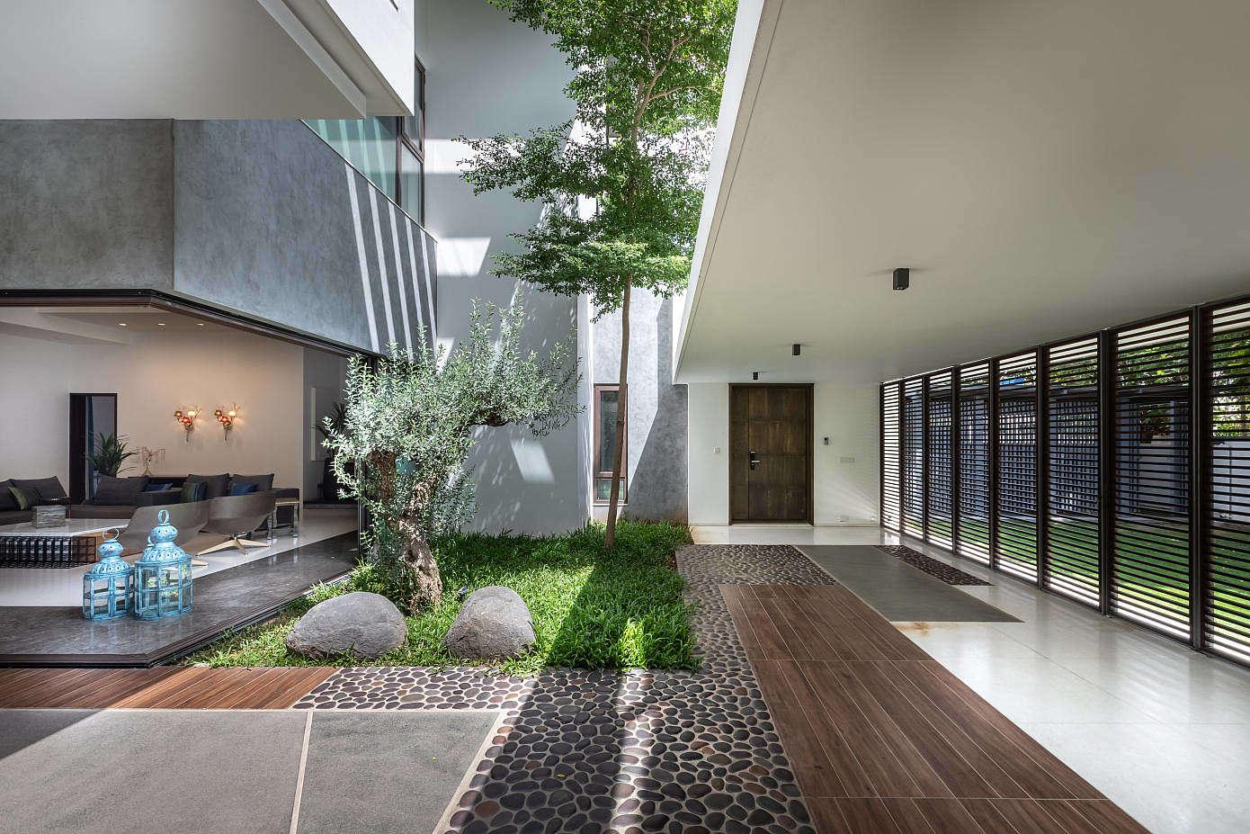 Courtyard Villa By Moriq Homeadore