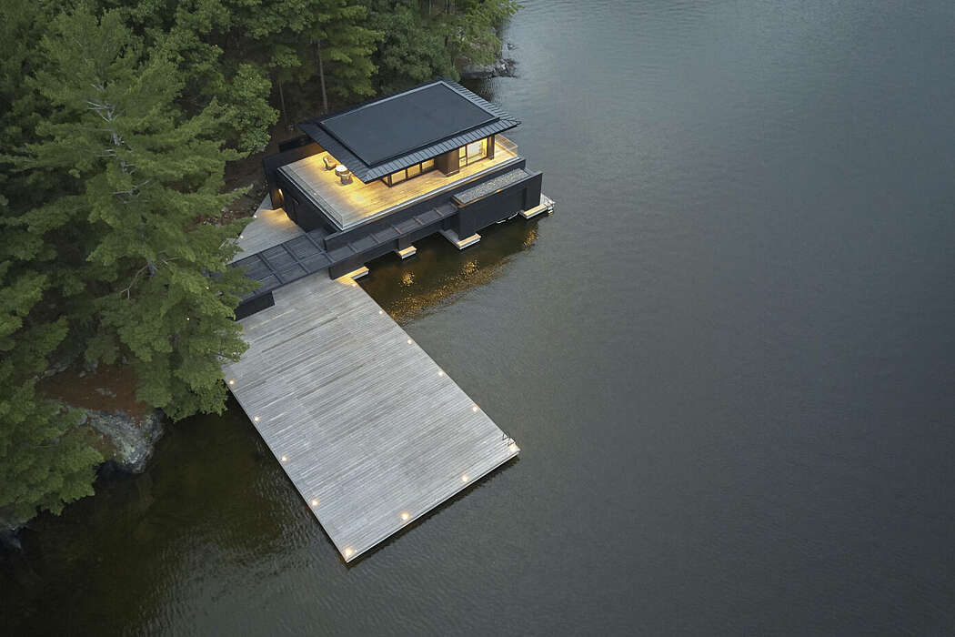 Lake Rosseau Boathouse by AKB Architects