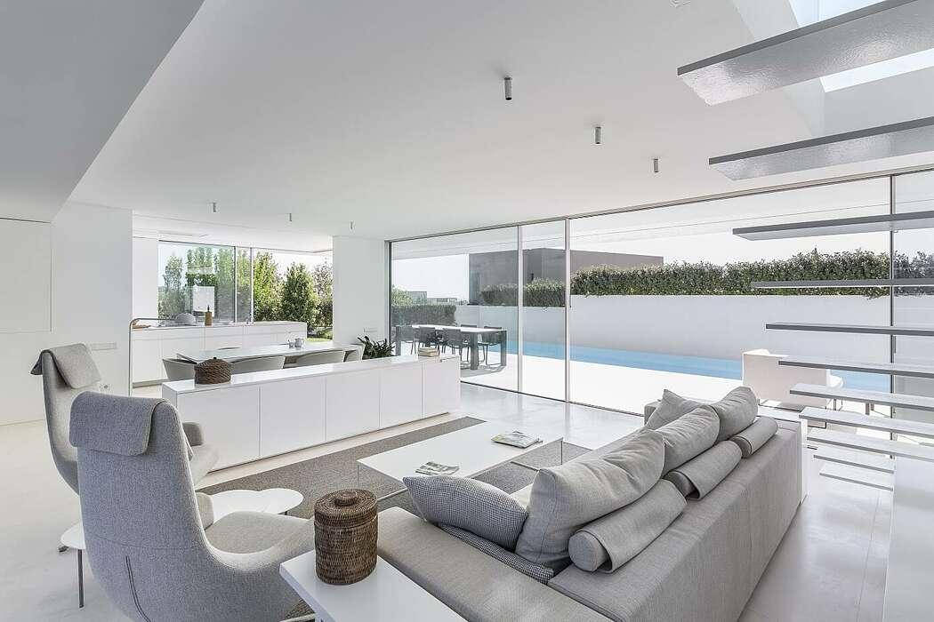 STR Residence by Gallardo Llopis Arquitectos