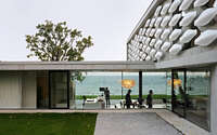 001-maison-au-bord-du-lac-aum-pierre-minassian