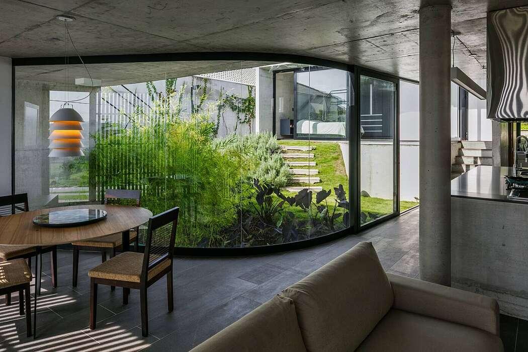 House Lens by Obra Arquitetos