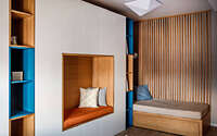 077-modern-apartmet-derebas-wood