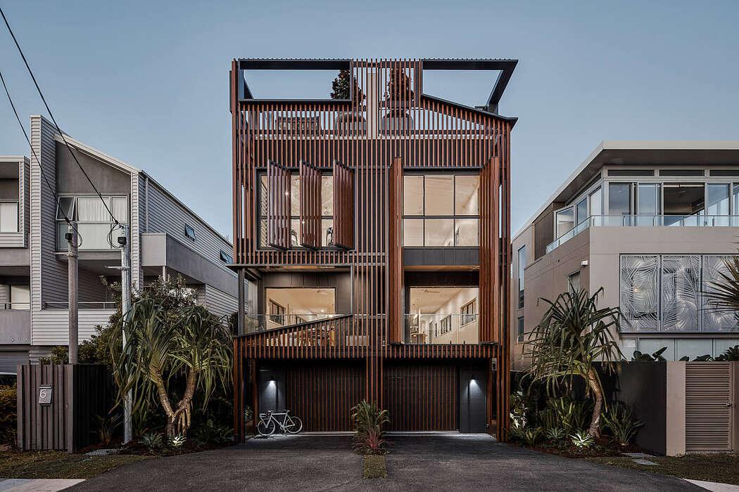 Gold Coast Home by Studio Workshop