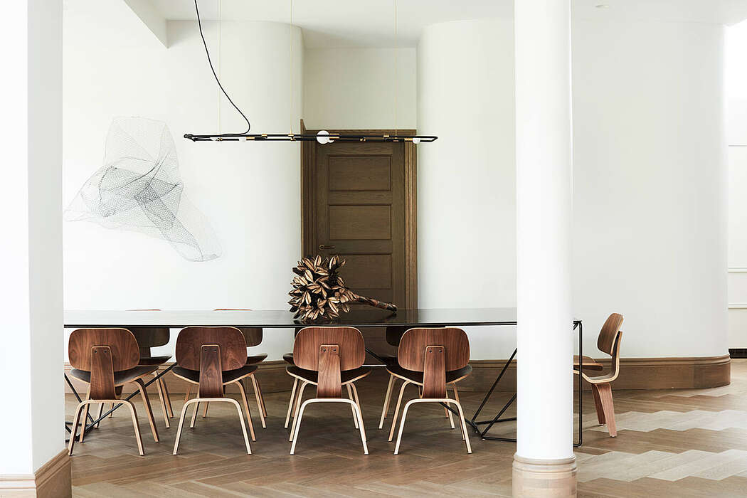 Peppertree Villa by Luigi Rosselli Architects