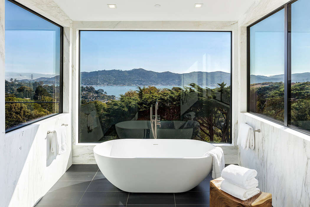 Mount Tiburon by Mark English Architects