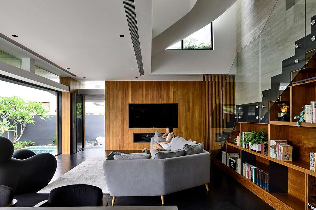 9JW House by ONG&ONG