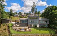 001-burlington-axiom-luxury-homes