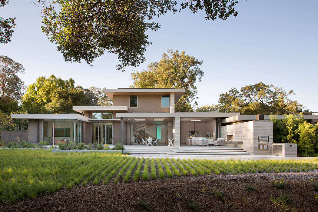 Contemporary Classic by Mattingly Thaler Architecture