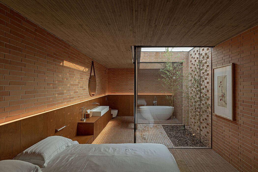 Courtyard Villa by Archstudio