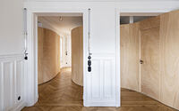 004-wood-ribbon-apartment-gabrielle-toledano