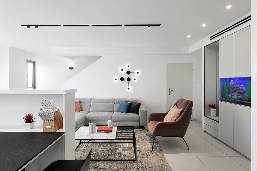 Penthouse in Tel Aviv by RAZ Interior Design
