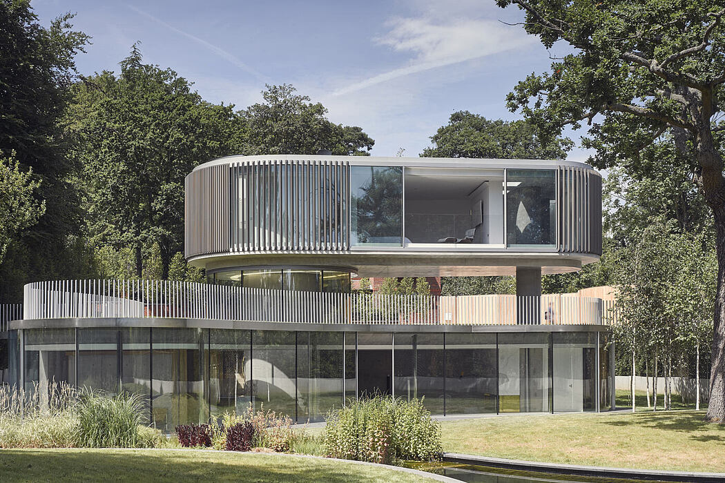 House in Coombe Park by Eldridge London
