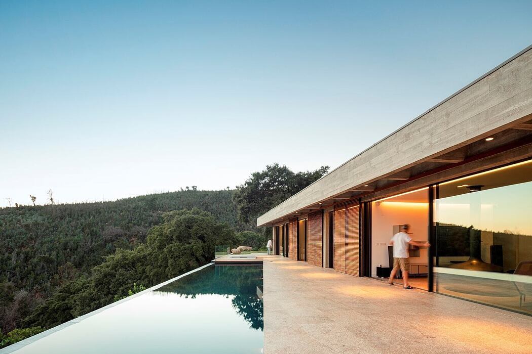 House for a Buddhist by Pereira Miguel Arquitectos