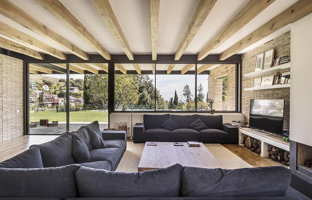 Villa SV by Jofre Roca Arquitectes