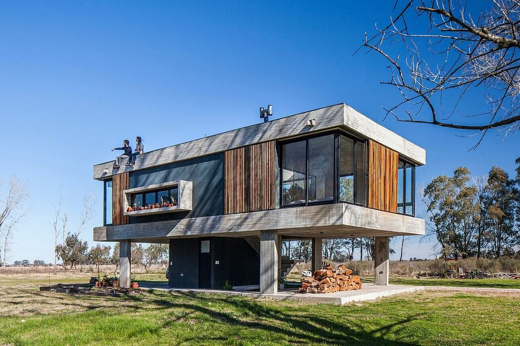 Casa Uribe by Estudio SSARQ