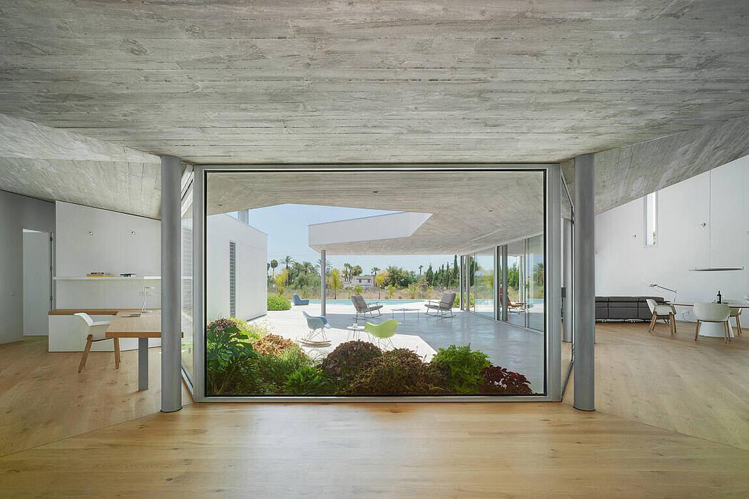 Casa Patioporche by Jaime Sepulcre Arquitecturas